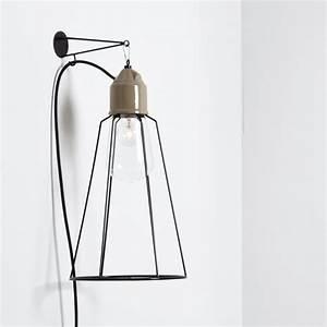 Lampe Murale Industrielle : applique murale industrielle en c ramique avec une grande cage en m tal ~ Teatrodelosmanantiales.com Idées de Décoration