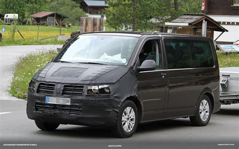 2015 Volkswagen T5 Transporter  Pictures, Information And