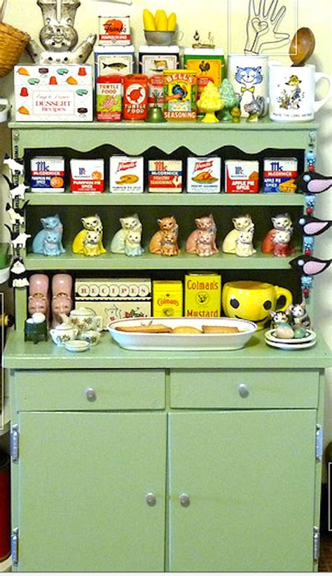 Kitchen Collectibles by Vintage Collectibles And Collections Display Ideas