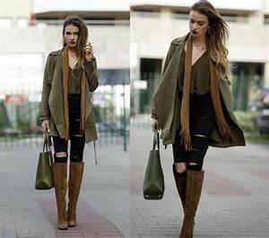 Juliett kuczynska blogger coat blouse fall colors fall outfits waterfall jacket suede ...