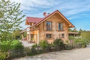 Holzhaus Günstig Bauen : holzblockhaus massivholzhaus bauen in holzbauweise ~ Sanjose-hotels-ca.com Haus und Dekorationen