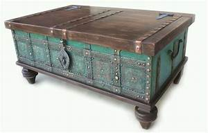 Retro coffee table chest trunk old style ottoman storage for Chest type coffee tables