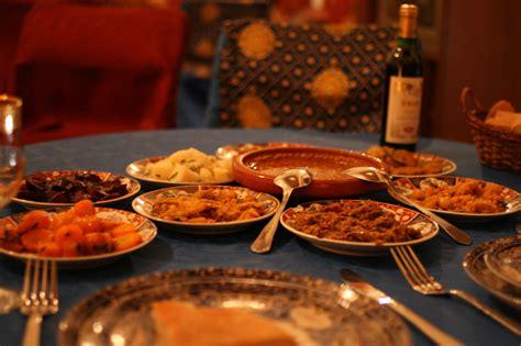 moroccan food file moroccan food 10 jpg wikimedia commons