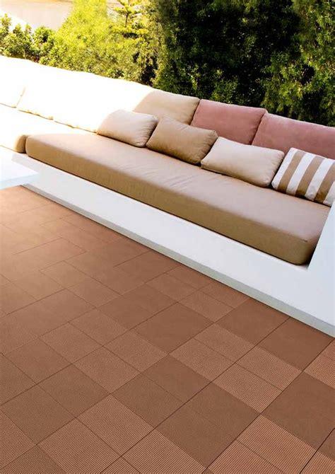 pavimenti per terrazze rivestimenti per terrazze pavimenti per lo spazio e il