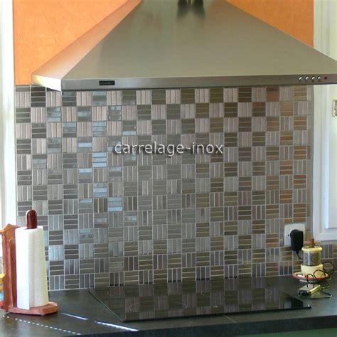faience cuisine adhesive plaque mosaique inox crédence cuisine inox sol