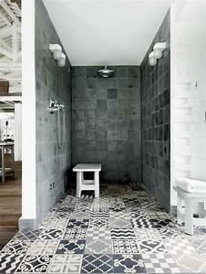 Art Et Carrelage : carrelage douche pour une salle de bain moderne ideeco ~ Melissatoandfro.com Idées de Décoration