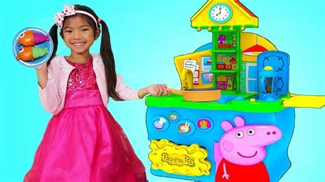 Emma Pretend Play with Peppa Pig Kitchen Cooking Toy