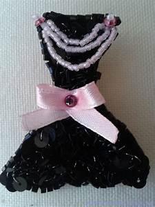 La Petite Robe Noire Prix : la petite robe noire avec son accessoire brode haute couture pret a porter de luxe robe de ~ Medecine-chirurgie-esthetiques.com Avis de Voitures