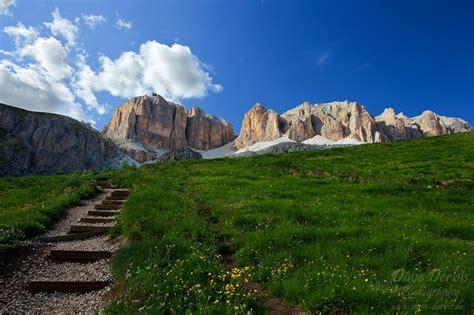 hiking passo pordoi dolomites italy dave derbis