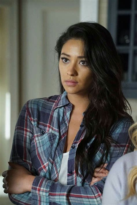 Pin by Joanna S on PLL & PLL the Perfectionist   Pretty ...