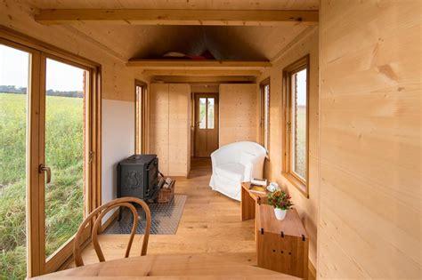 Tiny Häuser Mehlmeisel by Deutscher Tischler Baut Blockhaus F 252 R Autoanh 228 Nger Welt