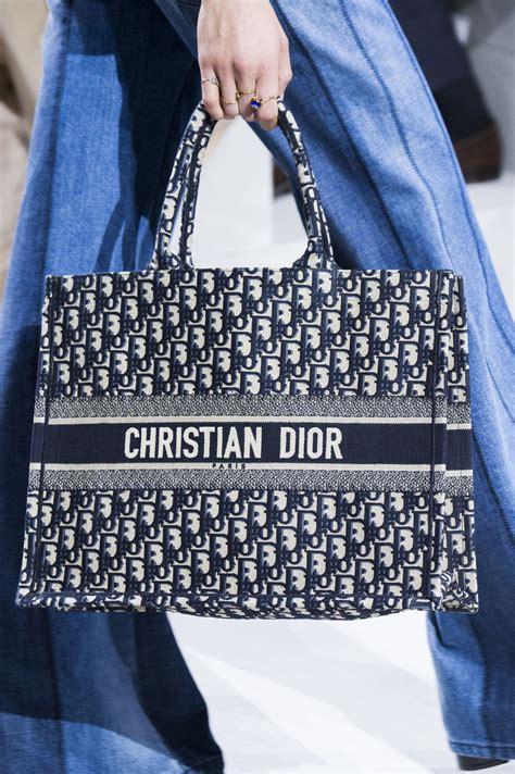 christian dior spring  fashion show details fashion dior handbags christian dior