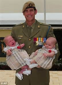australian soldier ben smith awarded the cross daily mail