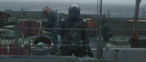 The Mandalorian Season 2 Footage Debuts During Football ...