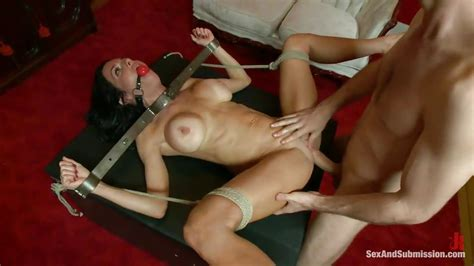 Veronica Avluv James Deen In Gagged Milf Tied And Fucked