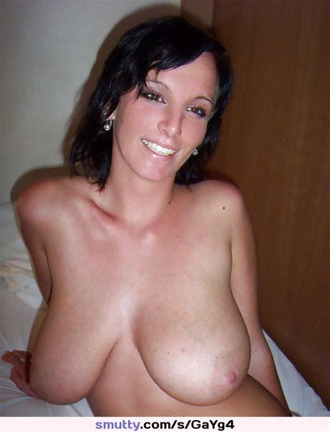 hot sexy milf mature bigboobs bigtits brunette