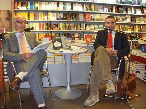 Libreria Mondadori Castellammare Di Stabia by Topi Per Voi Non C 232 Sco Anime Vesuviane Il