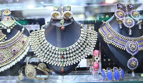 affordable bridal sets where to get the best imitation jewellery in mumbai