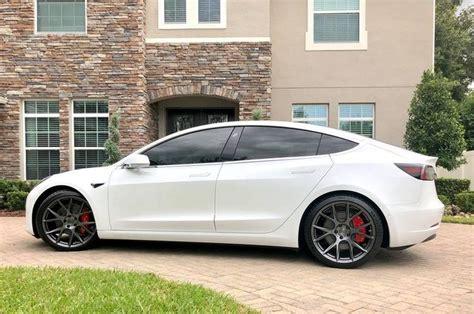 Vossen VFS-1 F: 20x9 ET32 245/35R20 R: 20x10.5 ET45 285/30R20 | Tesla car, Tesla motors, Tesla ...