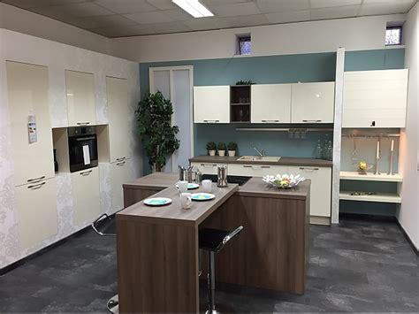 Selektion D-musterküche Moderne Zeitlose Küche Mit Insel