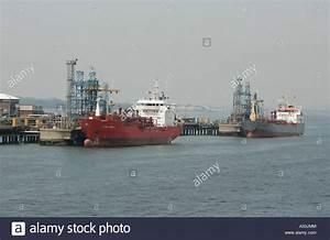 Oil Estuary Stock Photos Oil Estuary Stock Images Alamy