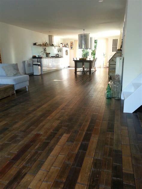 flooring   guide  bamboo floors