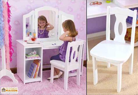 coiffeuse pour chambre fille coiffeuse en bois blanc pour enfant design contemporain