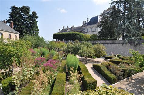 Jardin De Roi by Les Jardins Du Roy Autour Du Ch 226 Teau Royal De Blois Val