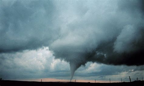 tornadoes  climate change