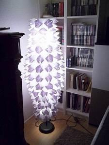 Lampenschirm Stehlampe Ikea : lampenschirm umgestaltet marc schreibt wir hatten eine alte ikea stehlampe mit papierschirm ~ Frokenaadalensverden.com Haus und Dekorationen