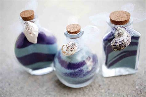 25 Easy to Make DIY Wedding Favors
