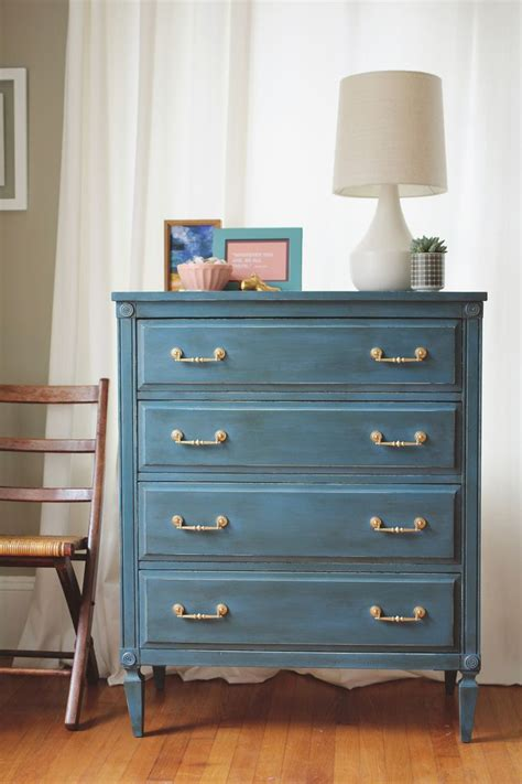 25 best ideas about blue chalk paint on blue