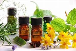 Moms Love Essential Oils  But Are They Safe
