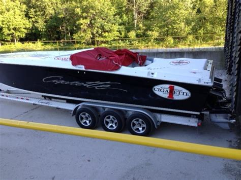 Cigarette Boats For Sale In Michigan by 1988 Cigarette Bullet Powerboat For Sale In Michigan