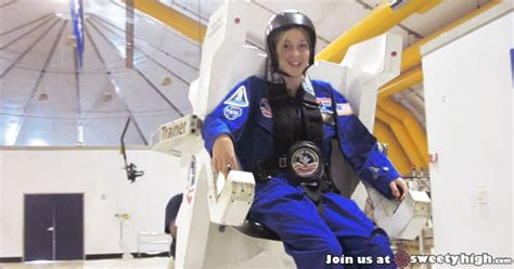 Astronaut Abby Chats Mars Travel With Sweety High
