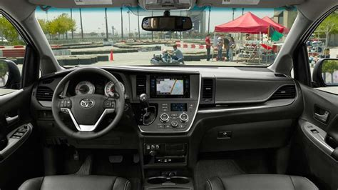2018 Toyota Sienna Release Date, Review, Price, Spy Shots