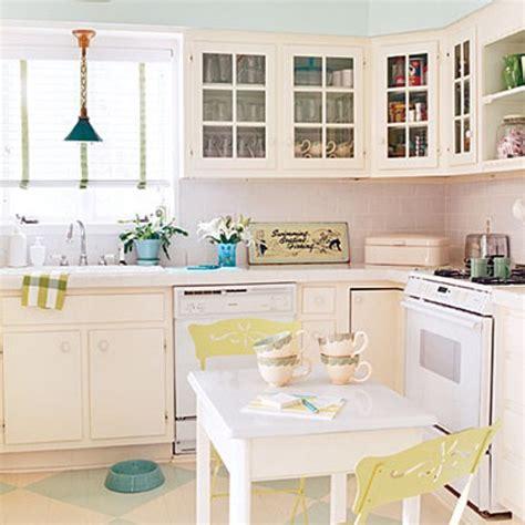 decoracion de cocinas pequenas color blanco