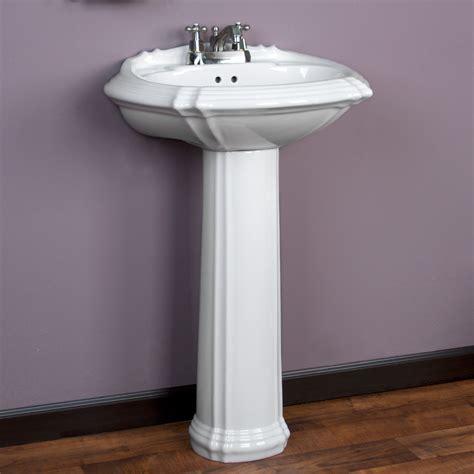 Regent Pedestal Sink