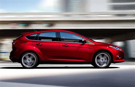 ford recalls model year   ford focus hatchbacks
