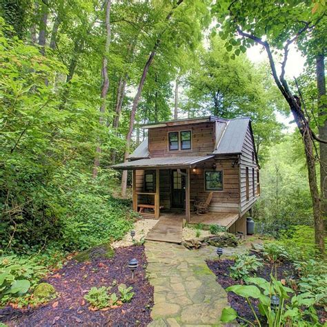 Cabins In Tennessee by Best 25 Tennessee Mountain Cabins Ideas On