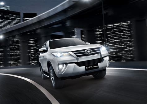 2016 toyota fortuner india bound launched in indonesia