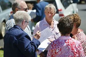 Walcha fights council amalgamation in public meeting: Fit ...