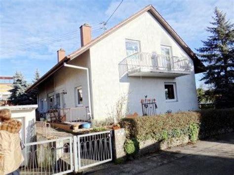 Doppelhaus Hälfte Mit Garten Und Garage Zu Verkaufen In
