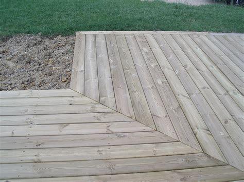 calcul terrasse bois calcul port 233 e solives et entraxe pour terrasse bois 11