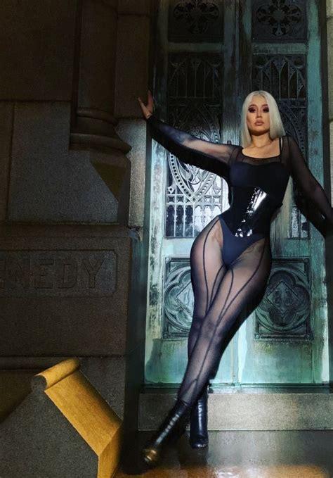 Bts Billboard iggy azalea sally walker  video stills bts 558 x 800 · jpeg