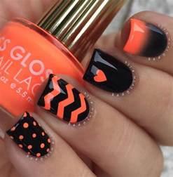 nails designs 36 spooktacular nail designs easyday