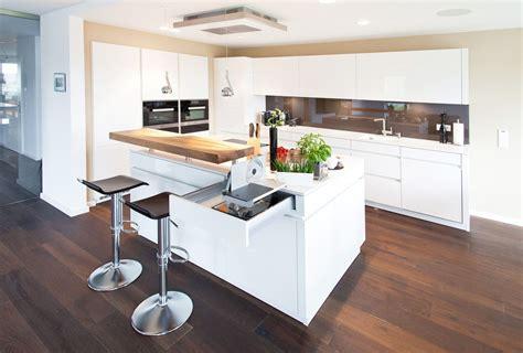 Moderne Küche Mit Kochinsel by Kochinsel K 252 Chentraum In Hochglanz Wei 223 Mit Theke Und