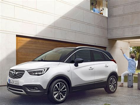 2018 Opel Crossland X Debuts Coming To Uae Drive Arabia