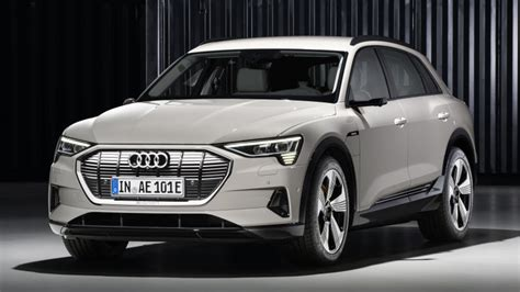 2019 Audi Crossover by 2019 Audi E Electric Crossover Revealed Autoblog
