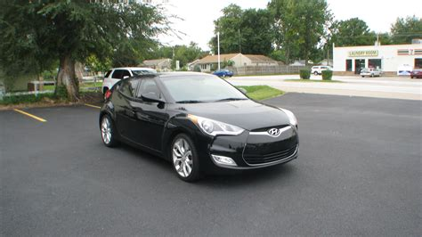 2013 Hyundai Veloster Re Mix by Pre Owned 2013 Hyundai Veloster 3d Coupe Re Mix 6spd 3dr